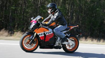 Honda-CBR1000RR-03