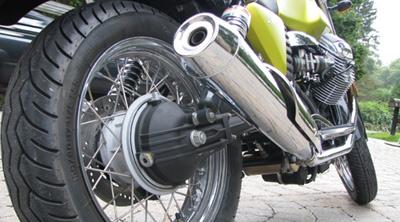 moto-guzzi-V7-03