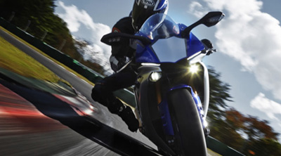 Présentation Yamaha R1 2015