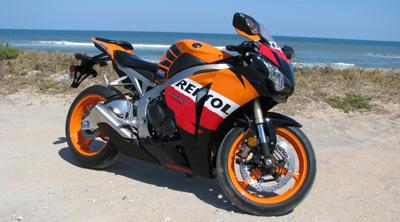 Honda-CBR1000RR-02