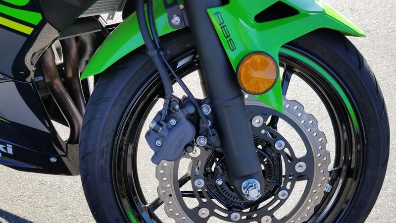 Essai Routier Kawasaki Ninja 400 Passionmoto Le Magazine Web Moto
